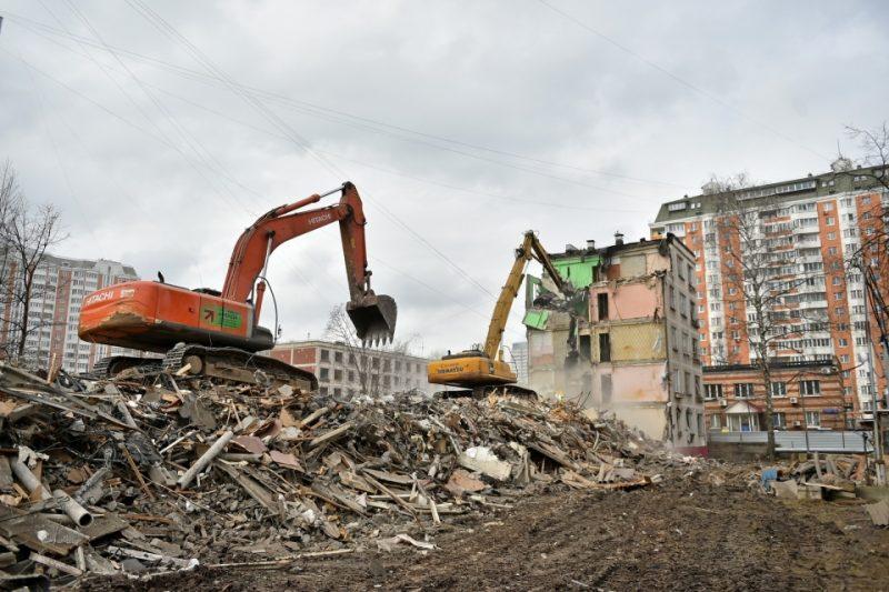 Как вывозится мусор со строительных площадок