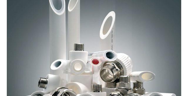 Какие достоинства и недостатки имеет пластиковая сантехника