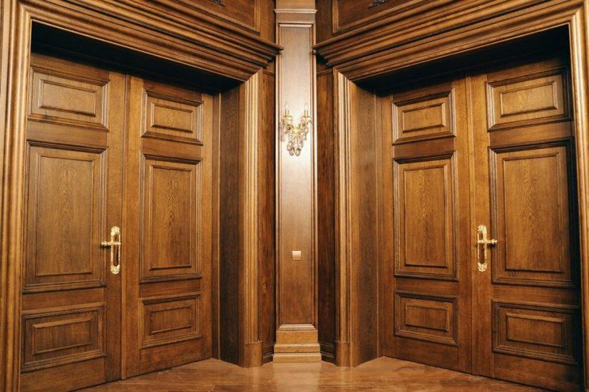 Плюсы деревянных дверей на заказ