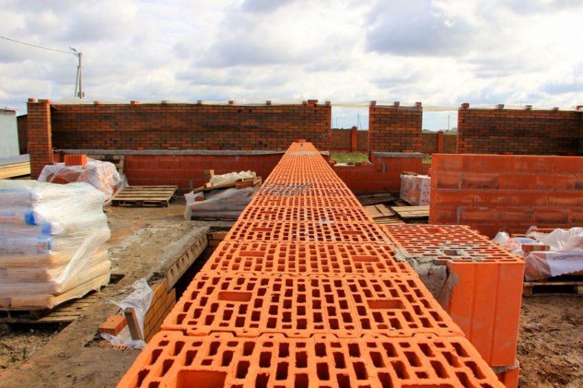 Преимущества кирпича как строительного материала