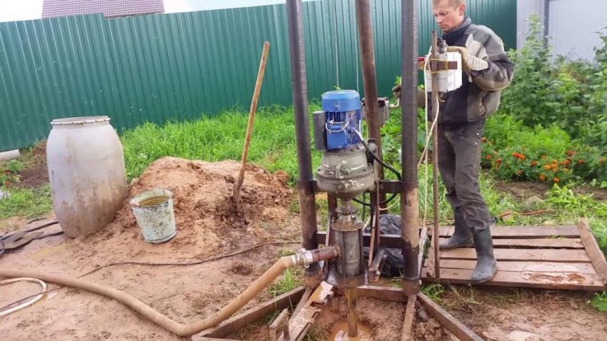Как пробурить скважину на воду