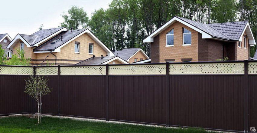 Как выбрать забор, и почему заборы из профнастила так популярны?