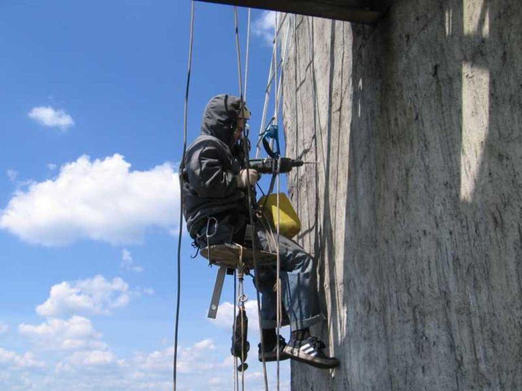 Особенности монтажных и демонтажных работ при высотной работе