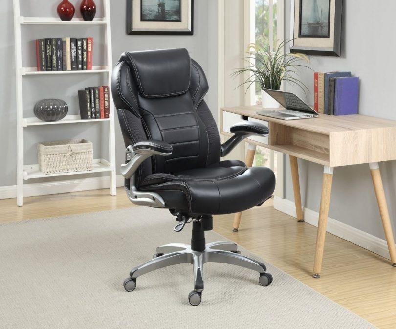 Выбор офисного кресла для подарка начальнику