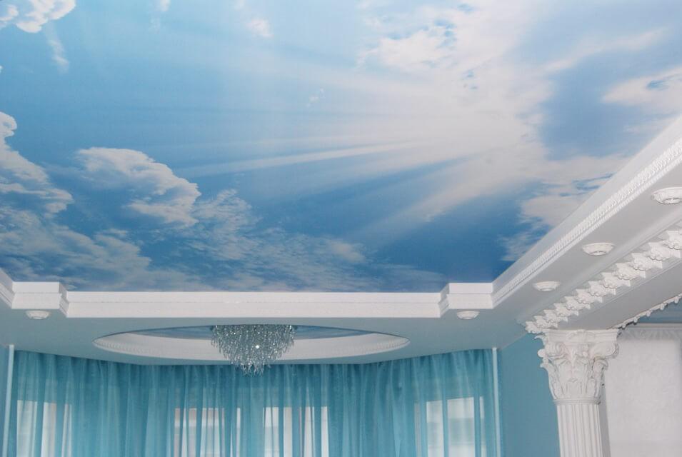 Натяжные потолки помогают придать помещению новый образ!