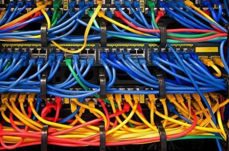 Где хранить кабель и электрический провод?
